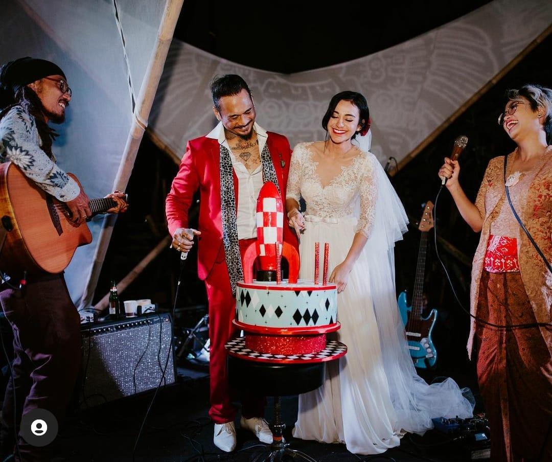 Pernikahan Nora